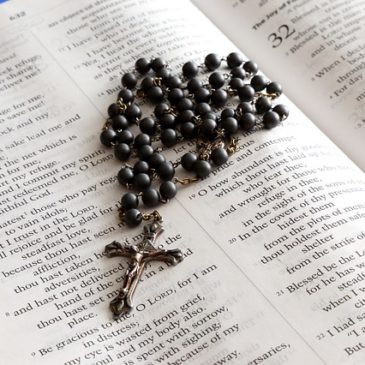 The Rosary of the Holy Wounds of our Lord Jesus Christ